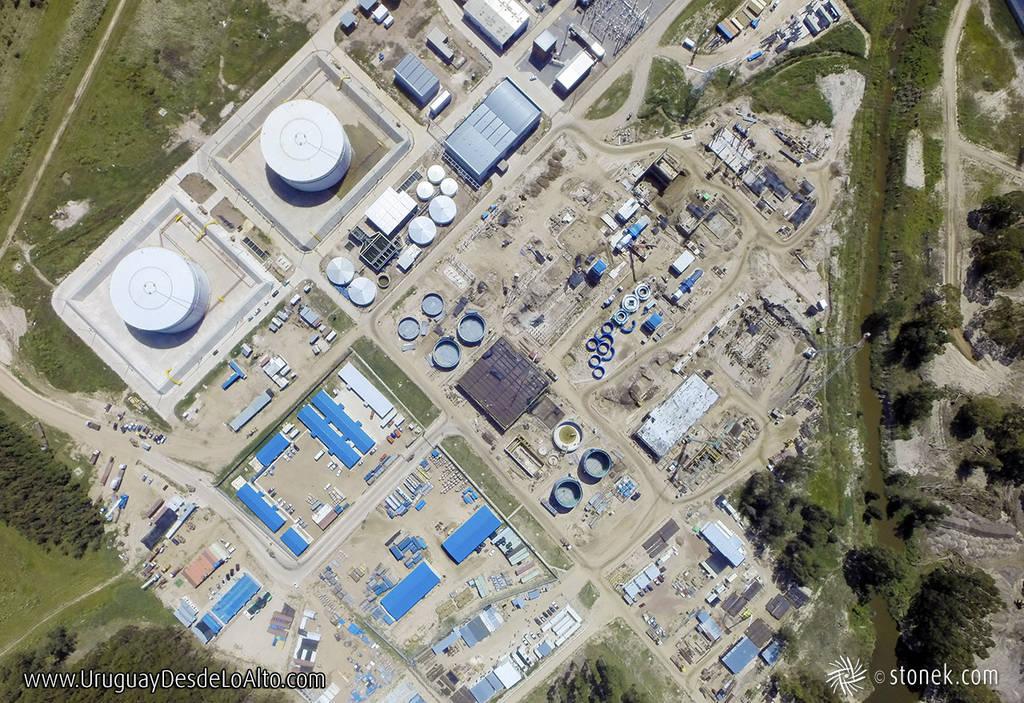 Vista aérea cenital de una obra de construcción