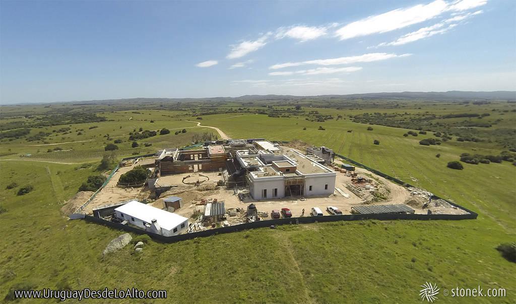 Vista aérea de una obra en construcción