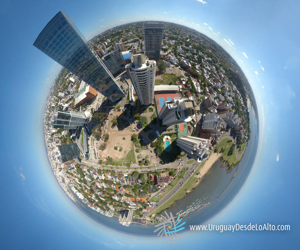 Visión esférica aérea de las torres del Buceo y su entorno, Montevideo, Uruguay