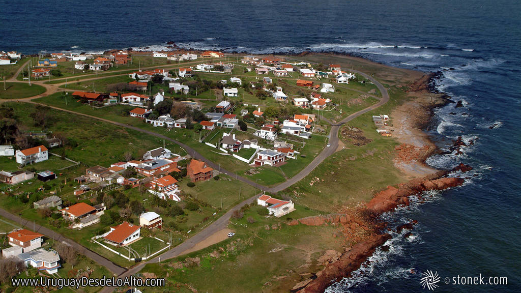 Foto aérea de Punta Colorada en el año 2004
