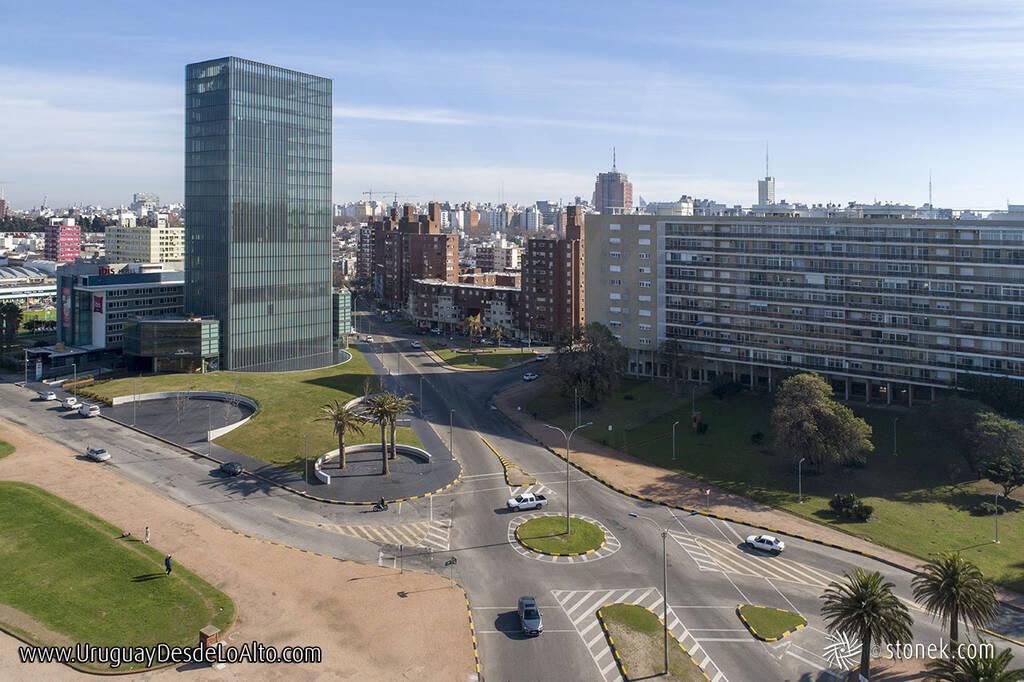 Calle Ing. Carlos María Morales, La Cumparsita y Salto en el barrio Sur de Montevideo