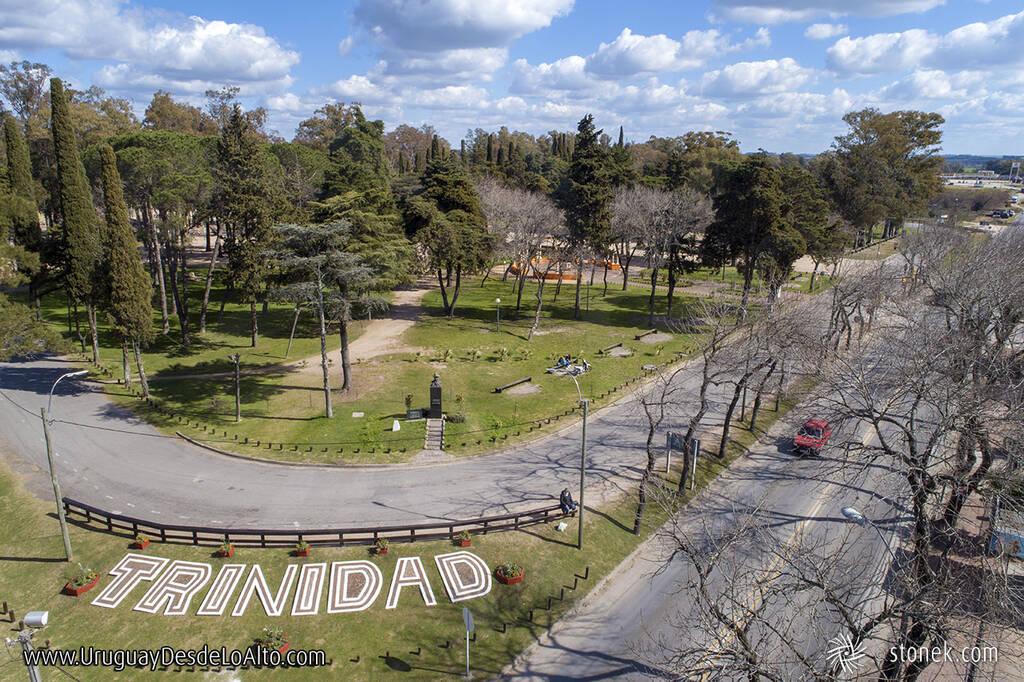 Parque Centenario, Trinidad, capital del departamento de Flores